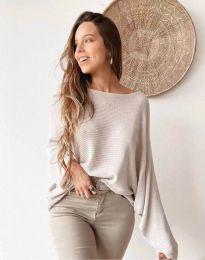 Дамска свободна блуза с паднало рамо от плетиво в бежово - код 4588