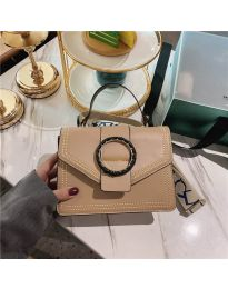 Дамска чанта в цвят капучино с капак с кръгла декорация - код B82