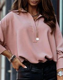 Свободна елегантна дамска риза с дълъг ръкав в цвят пудра - код 2753 - лице