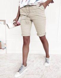 Къси панталонки в бежово - код 8256