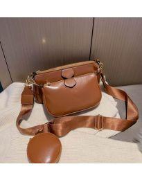 Дамска чанта в кафяво с два джоба с цип - код 3344