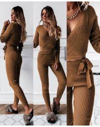 Дамски комплект блуза и панталон рипс в кафяво - код 1177